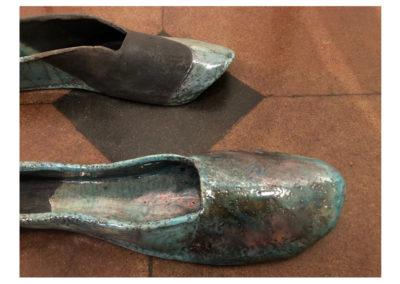 Barbara Aloisio - Prendo le misure del mio passo (III), ceramica raku, 2014, 35x25
